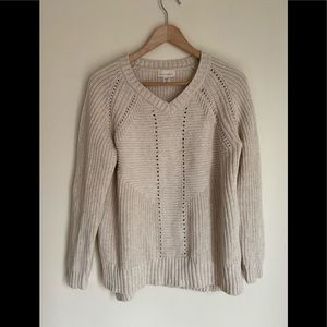 NWOT Canyon River Blues cable knit v-neck sweater